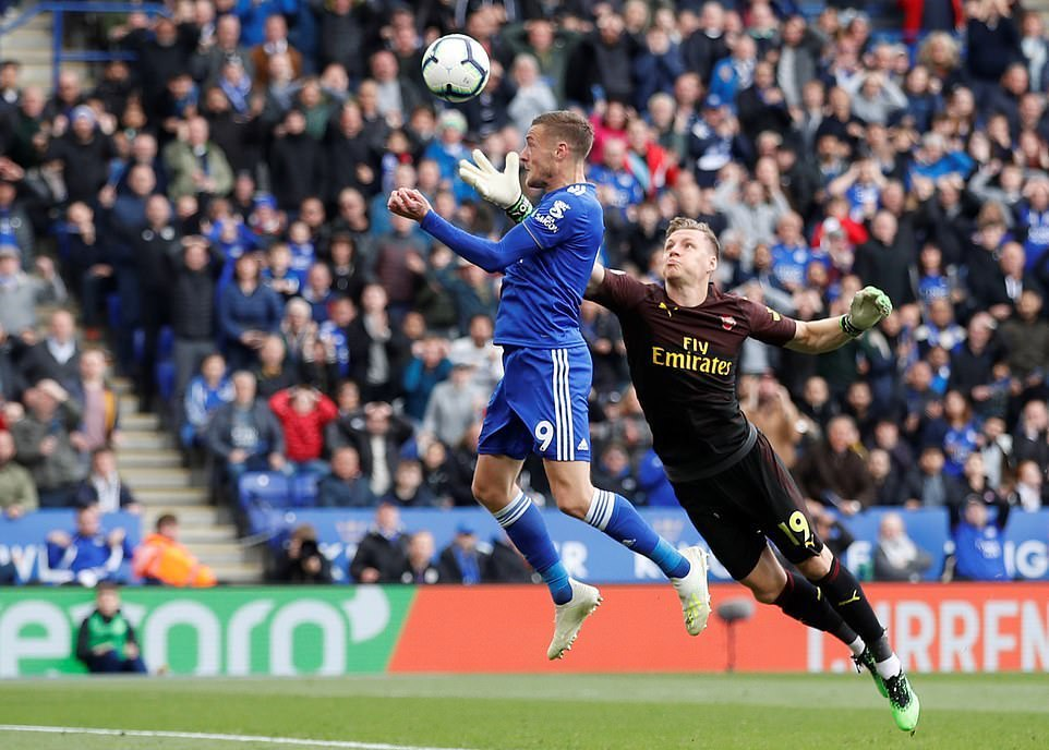 Insipid Arsenal Fail At Leicester
