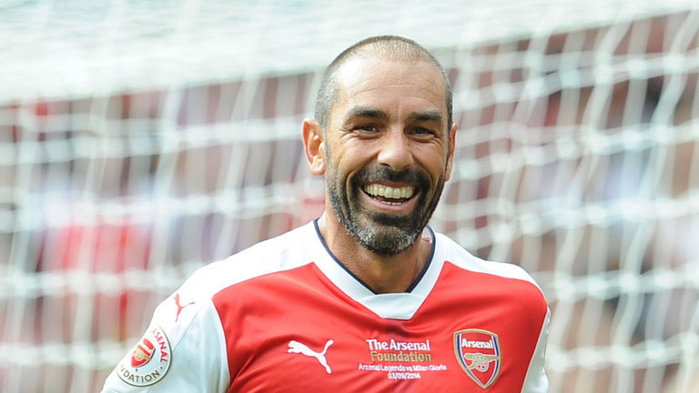 Robert Pires on the North London Derby, Arsenal's transfers and season to date